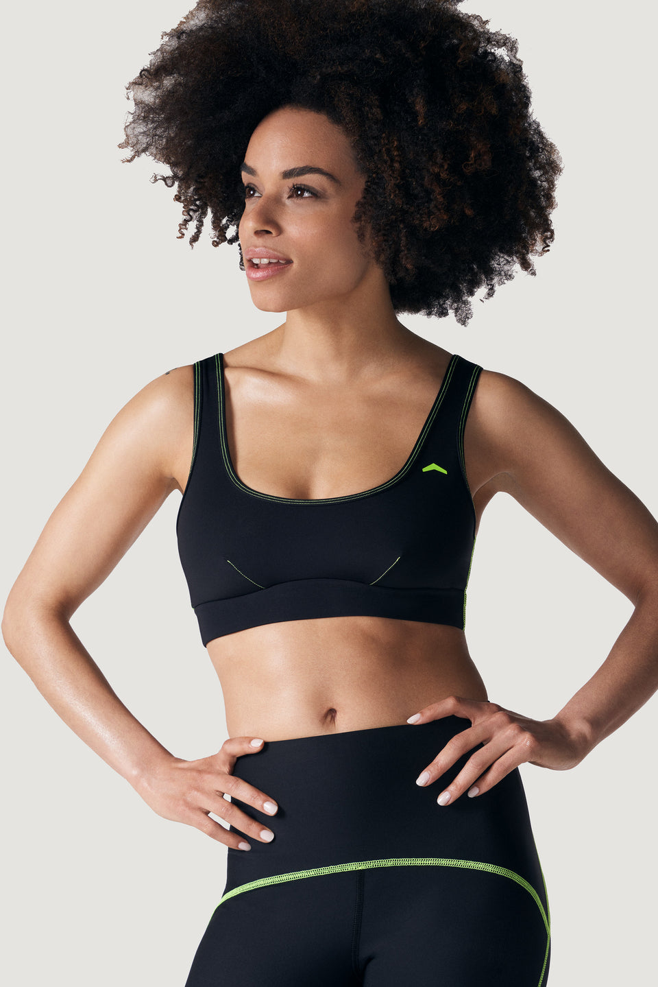 TMPL Sportswear Women's Enlight Medium Impact Sports Bra