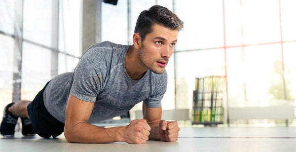 |bigstock-Young-Man-In-The-Gym-fitness-muscles|rsz_man-doing-exercises_running-sweating-spots-acne|exercising-six-pack-fitness-sweating