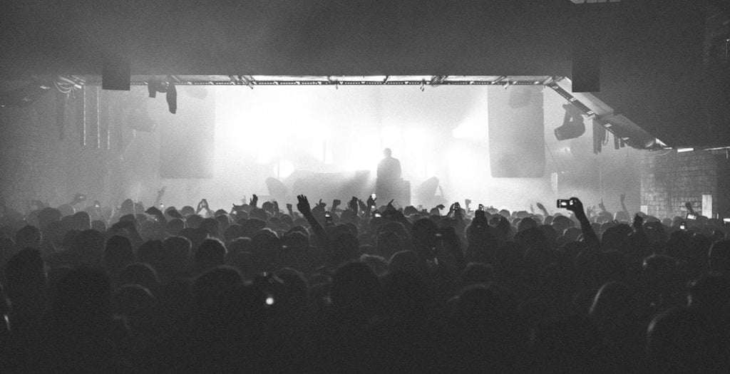 the warehouse project-min||the warehouse project crowd|the warehouse project paradise crowd|the warehouse project calendar|the warehouse project circus||mella dee|whp-foldingflyer-online