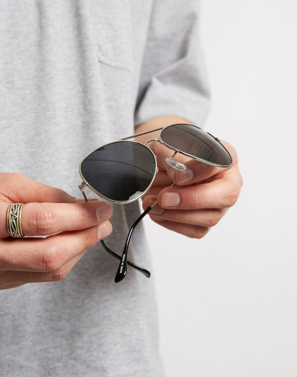 The Idle Man - Polarised Aviator Sunglasses Silver