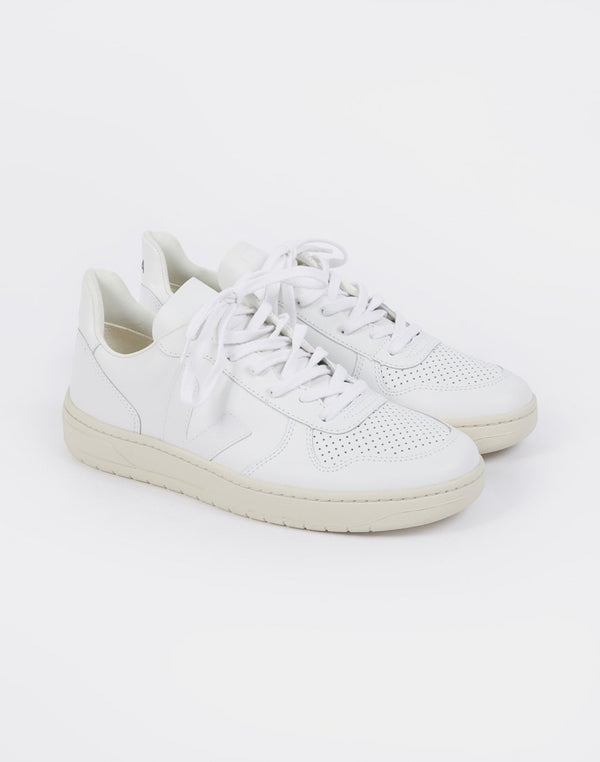 Veja - V-10 Leather Trainers All White