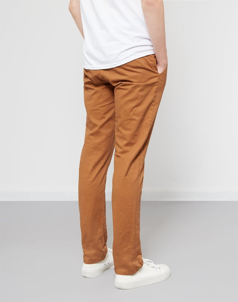 The Idle Man - Basic Chino Brown
