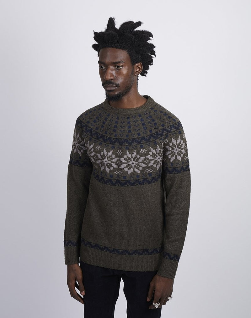 The Idle Man -Farisle Neck Jumper Green