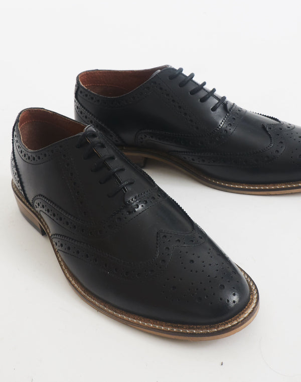 The Idle Man - Brogue Black