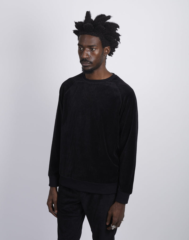 The Idle Man -Velvet Crew Sweatshirt Black