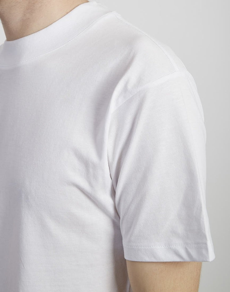 The Idle Man -Wide Collar Relaxed Fit T-Shirt White