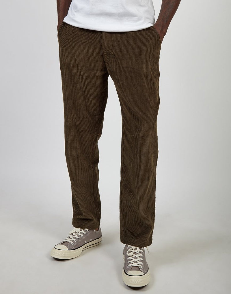 The Idle Man - Relaxed Cord Trouser Khaki