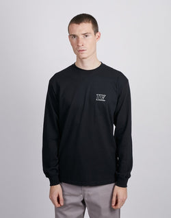The Idle Man -IV Pec Print Long Sleeve T-Shirt Black