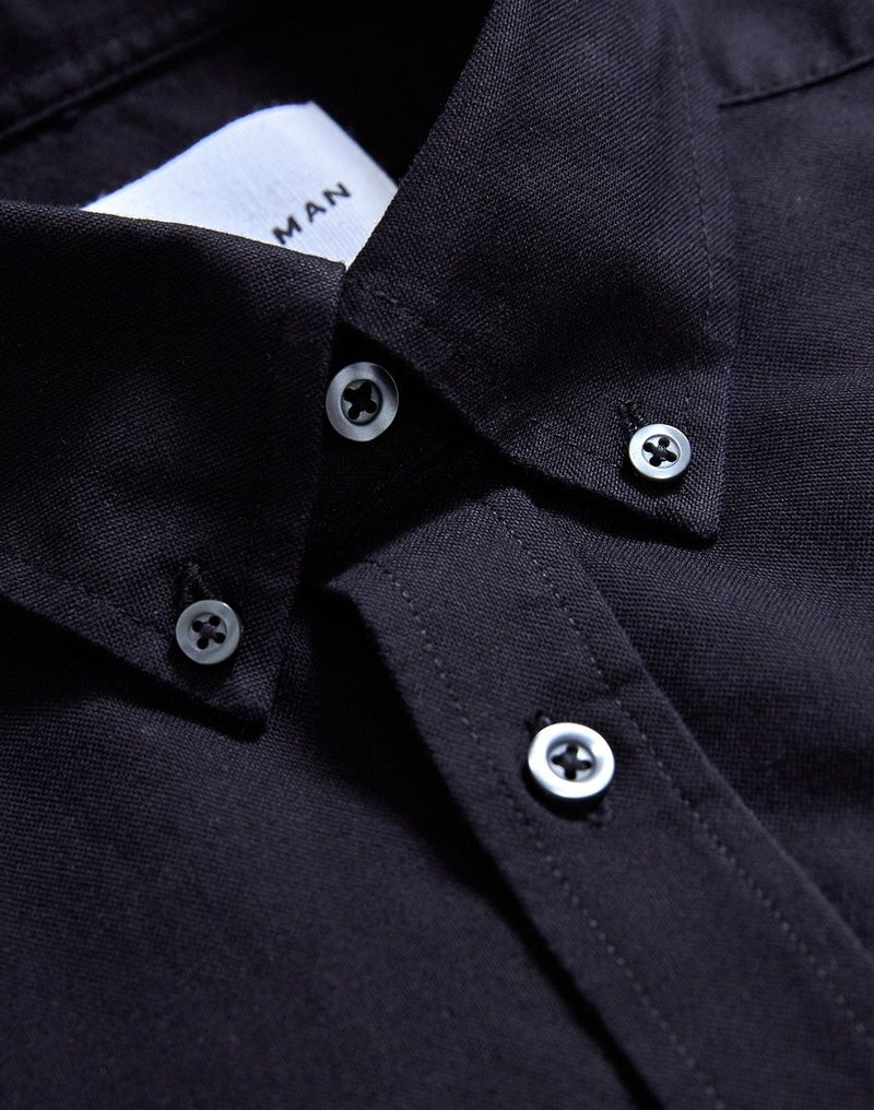 The Idle Man - Relaxed Modern Fit Oxford Short Sleeve Shirt Black