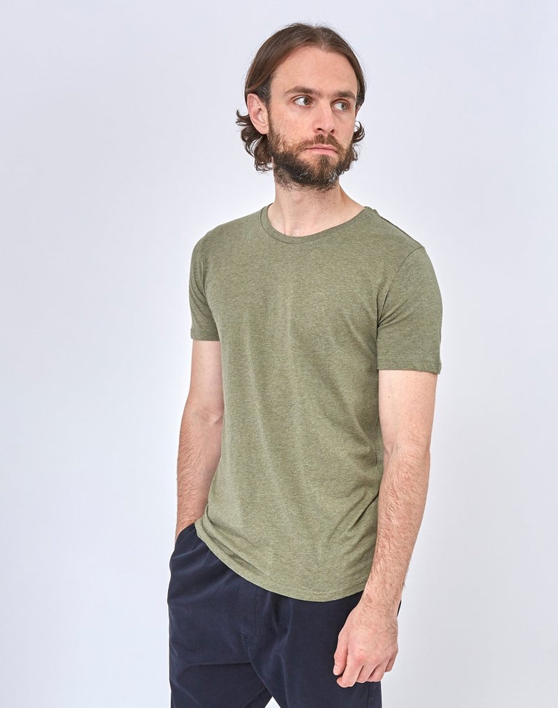 The Idle Man - Organic Crew Neck T-Shirt Green