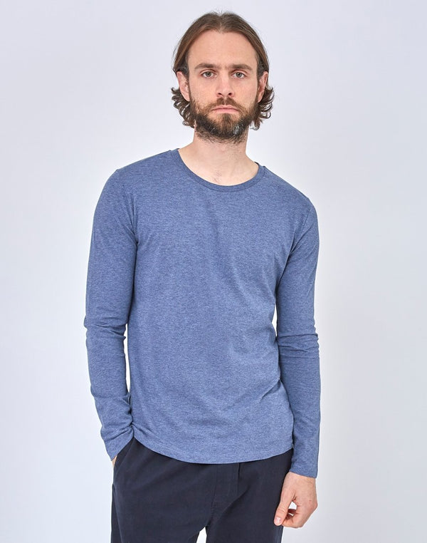 The Idle Man - Organic Mid Wash Indigo Dyed T-Shirt Navy
