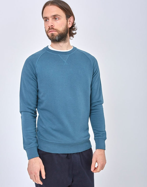 The Idle Man - Organic Raglan Sweatshirt Blue