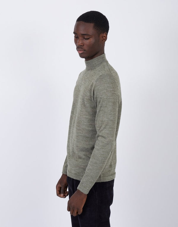 The Idle Man -Turtle Neck Khaki
