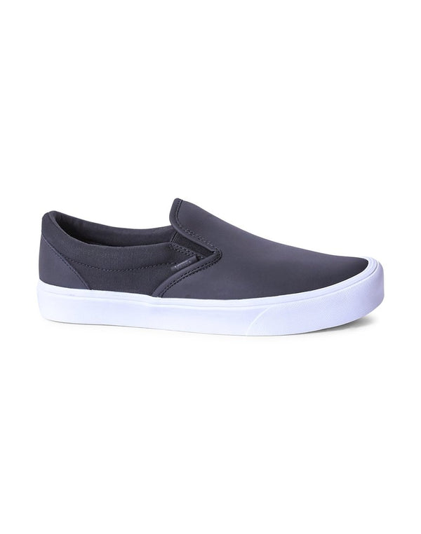 Vans - Rains Slip-On Plimsolls Black/White