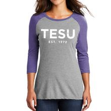 Load image into Gallery viewer, Women's Perfect Tri 3/4-Sleeve Raglan- Distress - Close Out