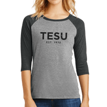 Load image into Gallery viewer, District Women's Perfect Tri 3/4-Sleeve Raglan- Distress