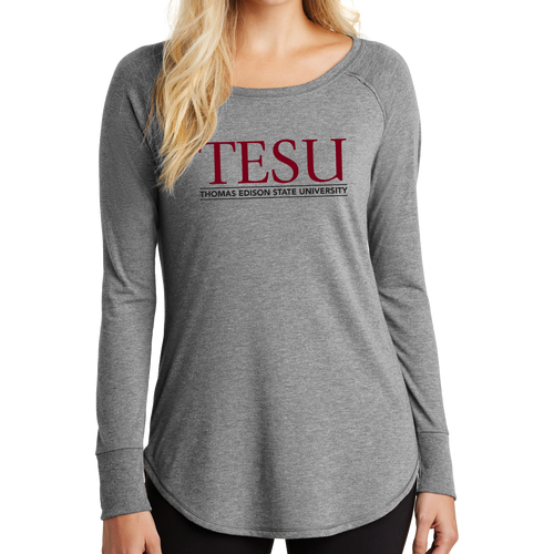 District Women's Perfect Tri Long Sleeve Tunic Tee - Serif -TESU Clearance