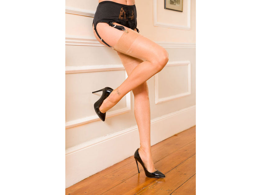 Gio Stockings Fully Fashioned Point Heel In Natural