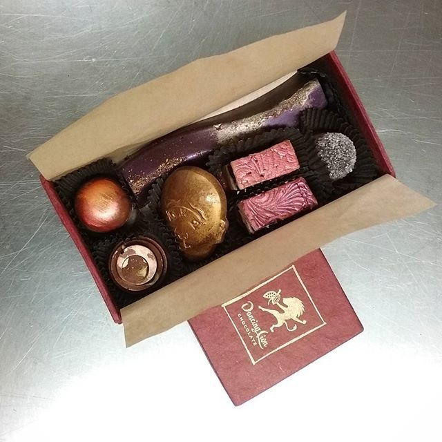 Medium Bonbon Sharing Box