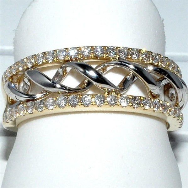 Shimmering  Diamond Ring