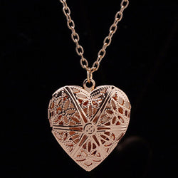 HOLLOW HEART OPENABLE NECKLACES