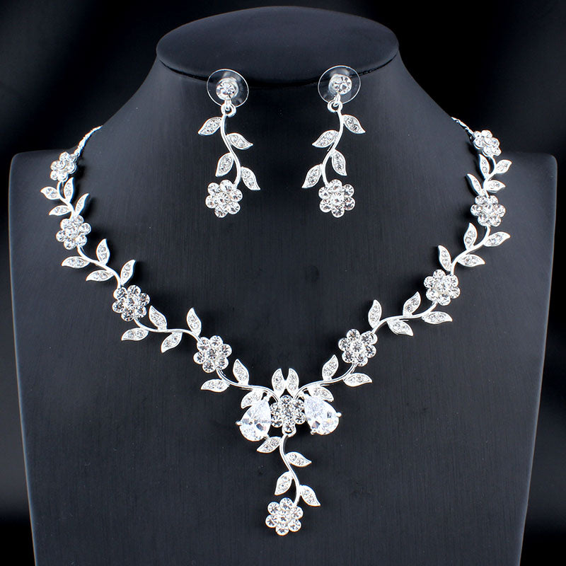 Classic Bridal Jewelry Set