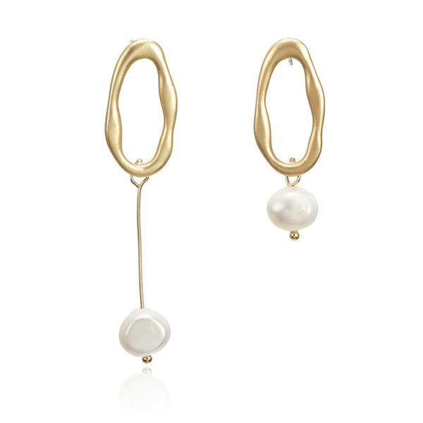 IRREGULAR PEARL DANGLE EARRINGS