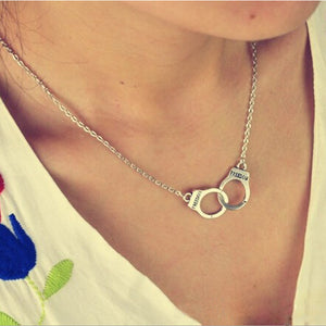 Womens Retro Handcuffs Necklace - The Dahlia Collective