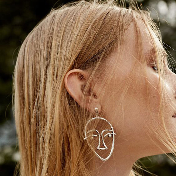 Women's Minimalist Picasso Face Earrings - The Dahlia Collective