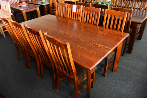 Donnelly Oregon 2100 9 Piece Dining Suite