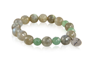 KenSuJewelry Bracelet with Labradorite Beads and Green Agate Bead Spacer