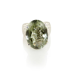 KenSuJewelry Hammered Prong Ring Oval Vertical Green Amethyst