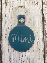 Load image into Gallery viewer, Mimi Keychain Gift