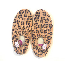 Load image into Gallery viewer, Leopard Adult Water Shoes