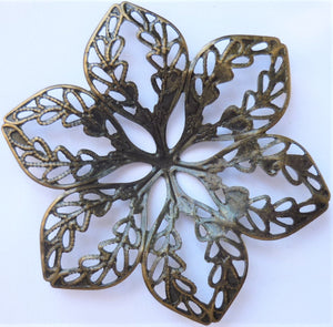 Flower Filigree Trinket