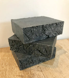 ALL NATURAL CHAMOMILE & ALOE SOAP BAR WITH ACTIVATED CHARCOAL