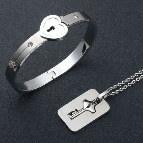 Couple, Bracelet and Key pendant.
