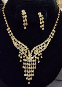 fancy rhinestone fashion jewelry bib necklace and earring sets