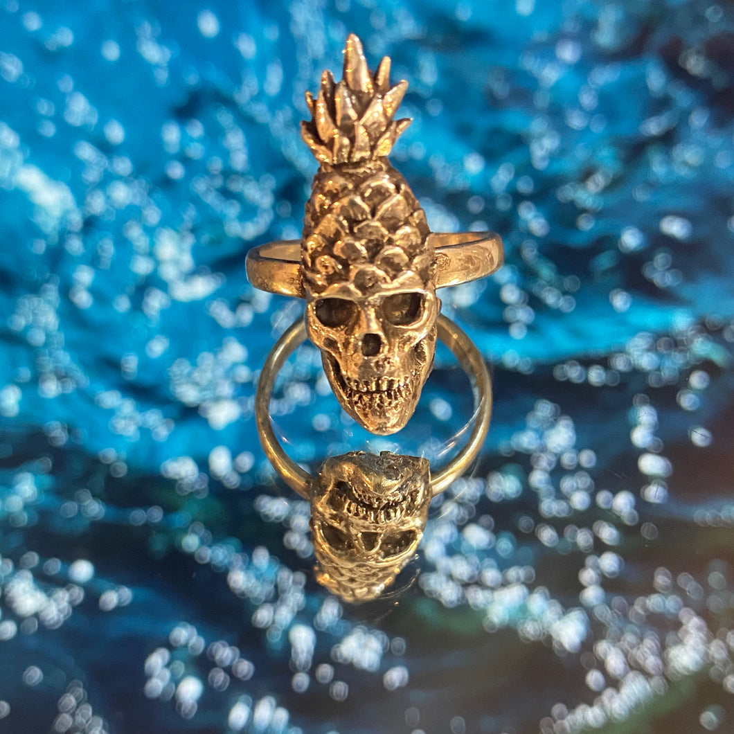 Solid 9ct Gold Pineapple Skull Ring