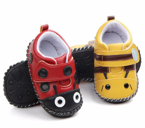 bee baby shoes