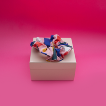 Load image into Gallery viewer, Scrunchie - Jennifer Bouron, Stripes