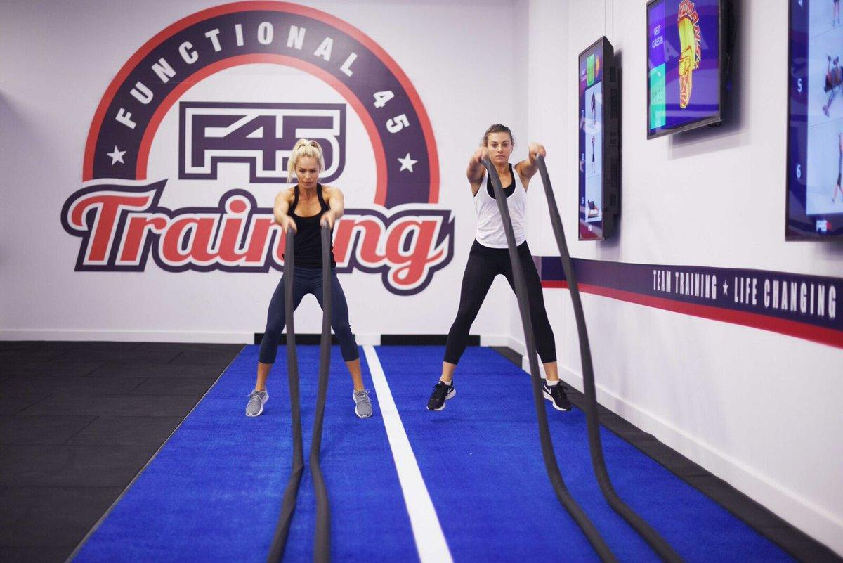 F45 Training Battle Ropes