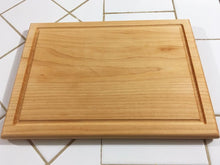 Load image into Gallery viewer, Hard Maple Wood Edge grain With juice groove Cutting Board