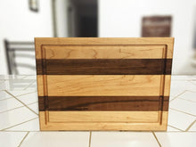 Load image into Gallery viewer, Mixed Maple and Walnut Edge grain With juice groove Cutting Board