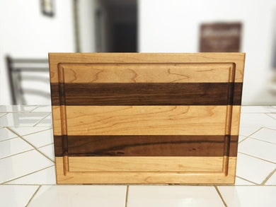 Mixed Maple and Walnut Edge grain With juice groove Cutting Board