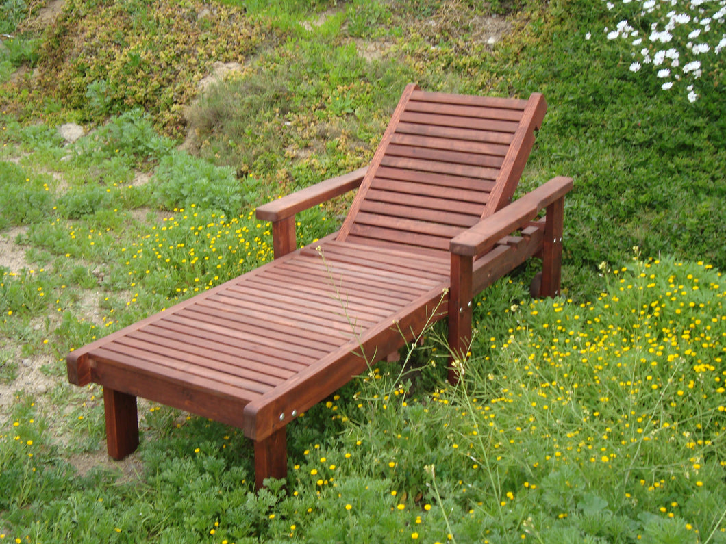 Outdoor Sun Redwood Chaise Lounge