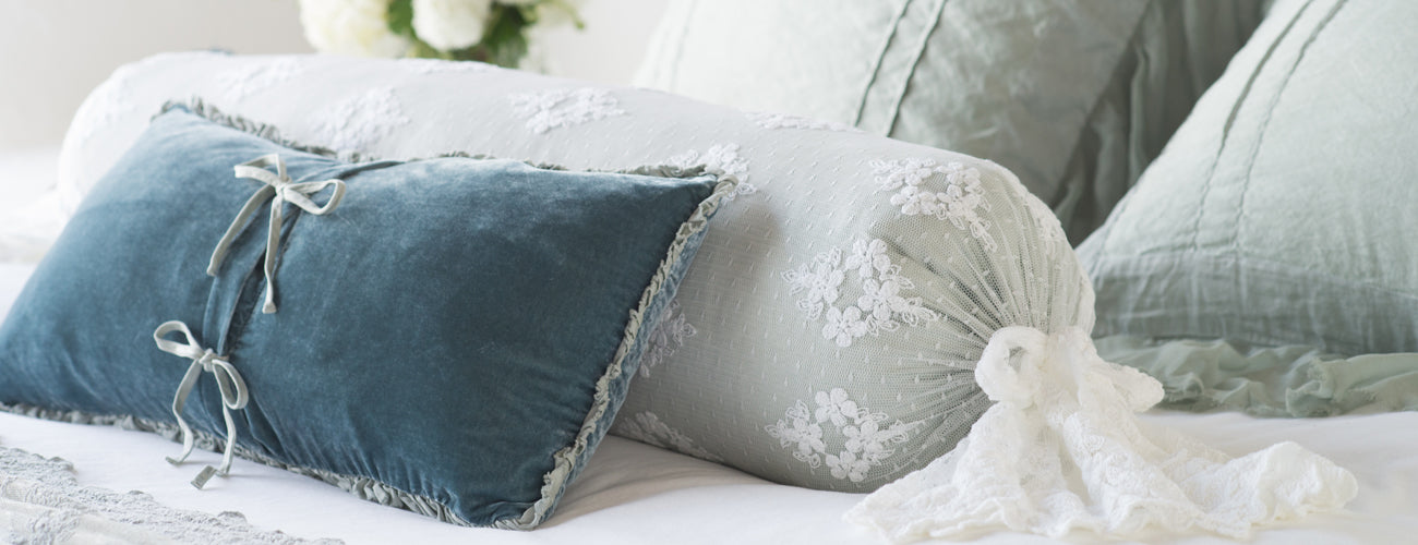 Bella Notte Linens Pillows Collections