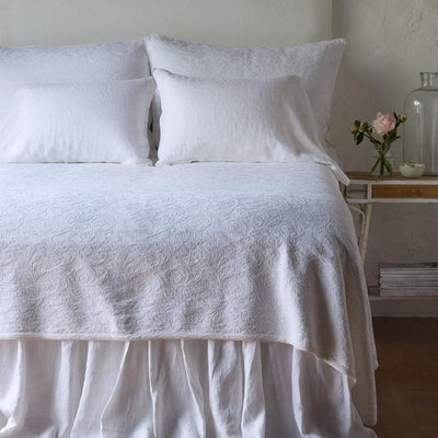 Bella Notte Linens Adele Twin Coverlet with Silk Velvet Trim