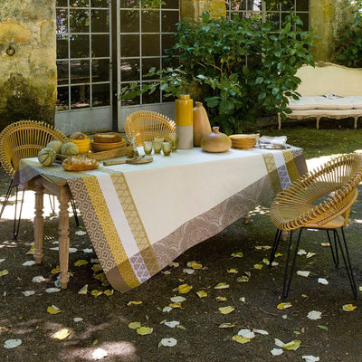 Le Jacquard Francais Bastide Ivory Coated Tablecloth