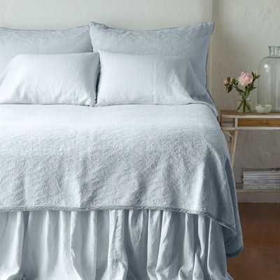 Bella Notte Linens Adele Cloud Coverlet